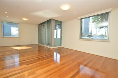 Convenient Location with Floorboards & 2 Carspaces!