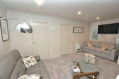 Fantastic Newly Renovated Fully Furnished Apartment!