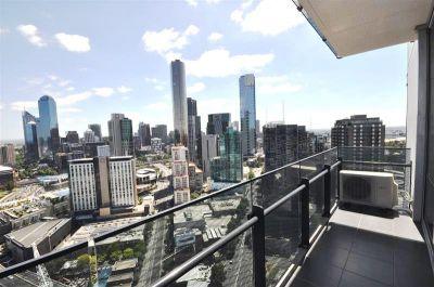 MainPoint, 37th floor - Stunning Sky High Views!