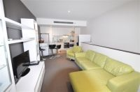 Zinc - FULLY FURNISHED, 50 Dow St: Stunning Double Storey Apartment!