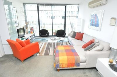 The Vista 4th floor FULLY FURNISHED, 69 Dorcas St: Space, Style And Convenience!