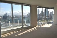 The Centurion 24th floor, 83 Whiteman St: Extra Large Apartment!