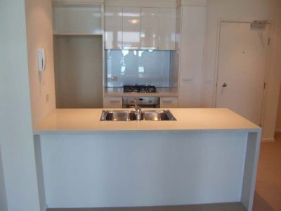 Southbank One 27th floor, 180 City Rd: Separate Study Area!