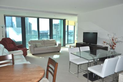 SouthbankONE 23rd floor FULLY FURNISHED, 180 City Rd: Indulge In Southbank Living!