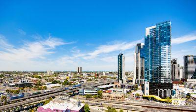 MAINPOINT, 21st floor - Superb Location!