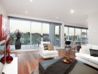 The Sovereign 12th floor, 8 Wells St: Double Storey Penthouse With Amazing Views!