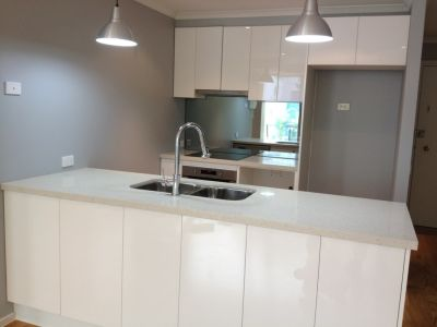 88 Park Street, 1st floor: FULLY RENOVATED THROUGHOUT!