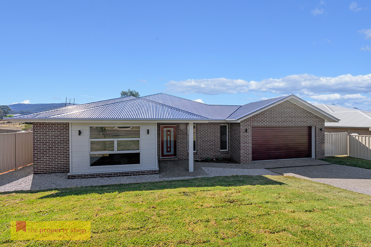 Alyse Pilley would undoubtedly be one of, if not the best real estate agent in the Mudgee region.