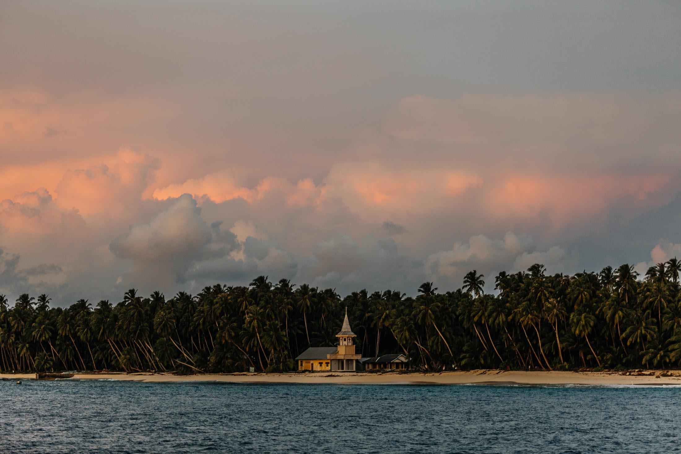 TELO ISLANDS 4