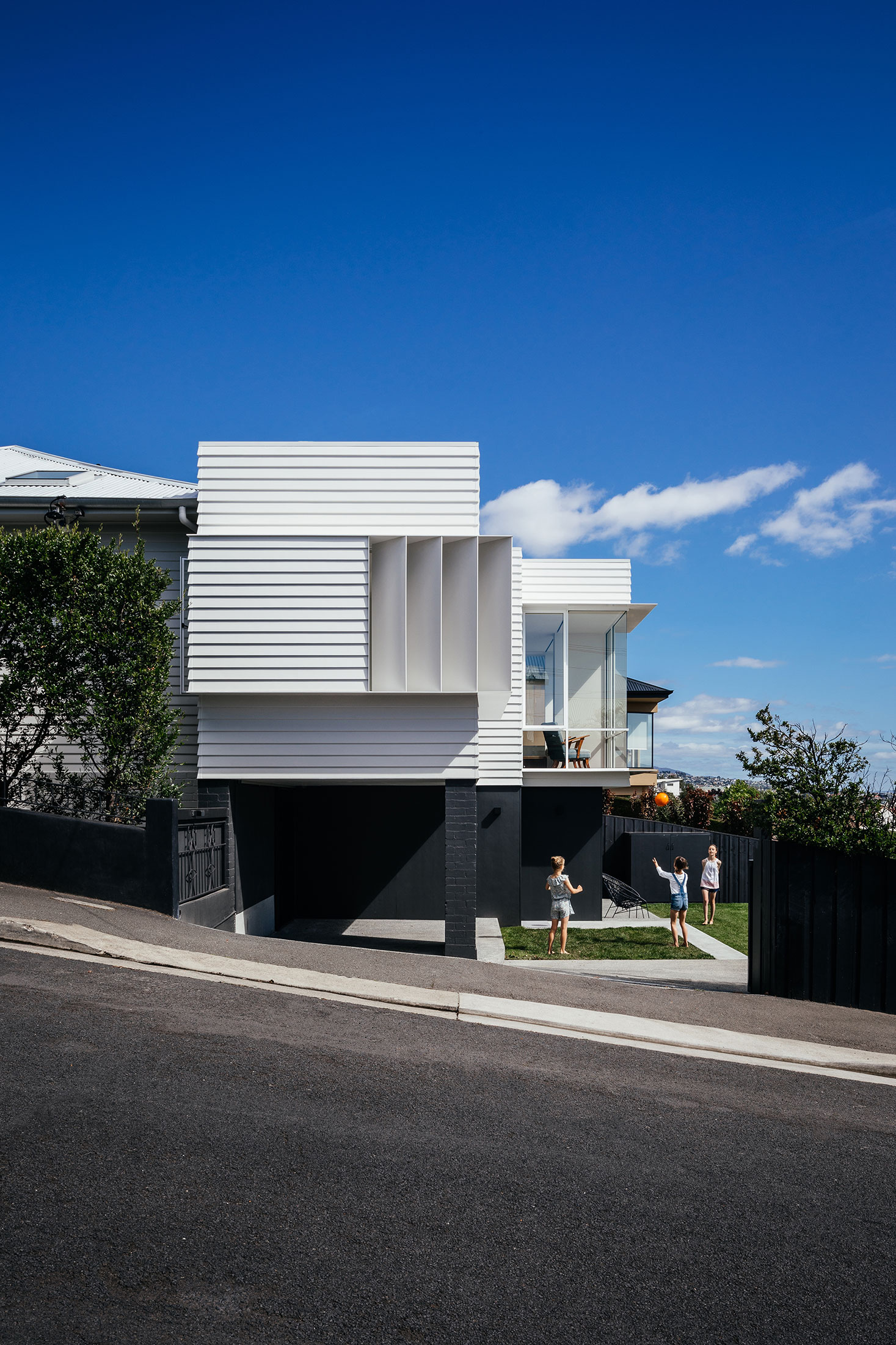 SANDY BAY HOUSE 2