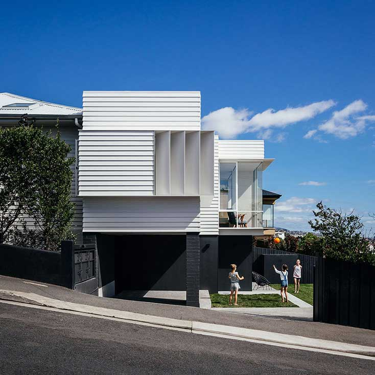 SANDY BAY HOUSE