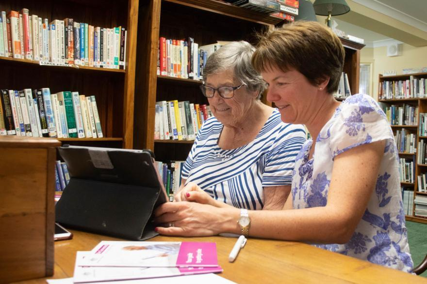 Amana Living helps WA seniors boost digital literacy