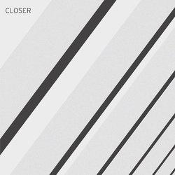 Aquila Young - Closer - Internet Download
