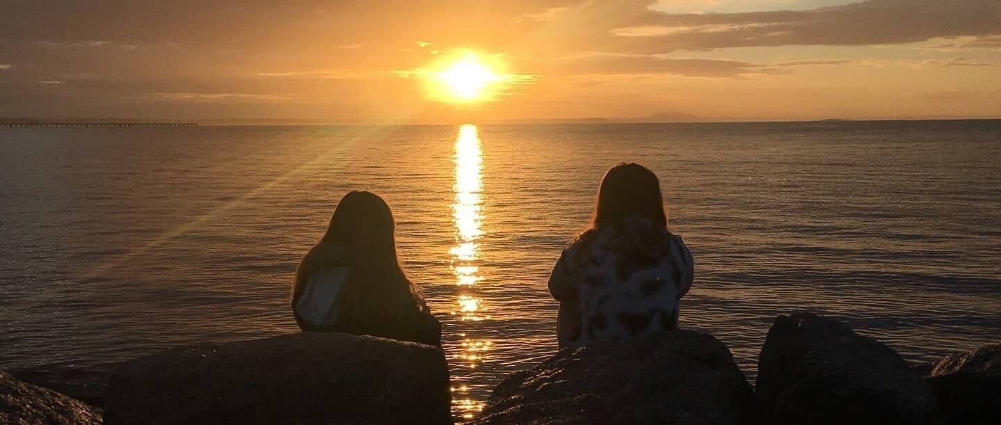 Esperance anglican community school students watching sunset