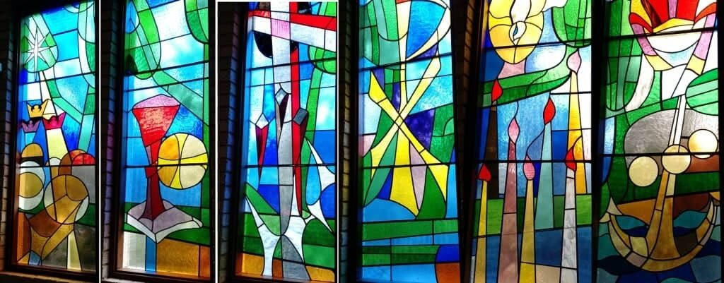 Carine Duncraig St Nicolas stained glass