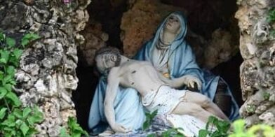 Mothers love mary jesus in cave thumbnail