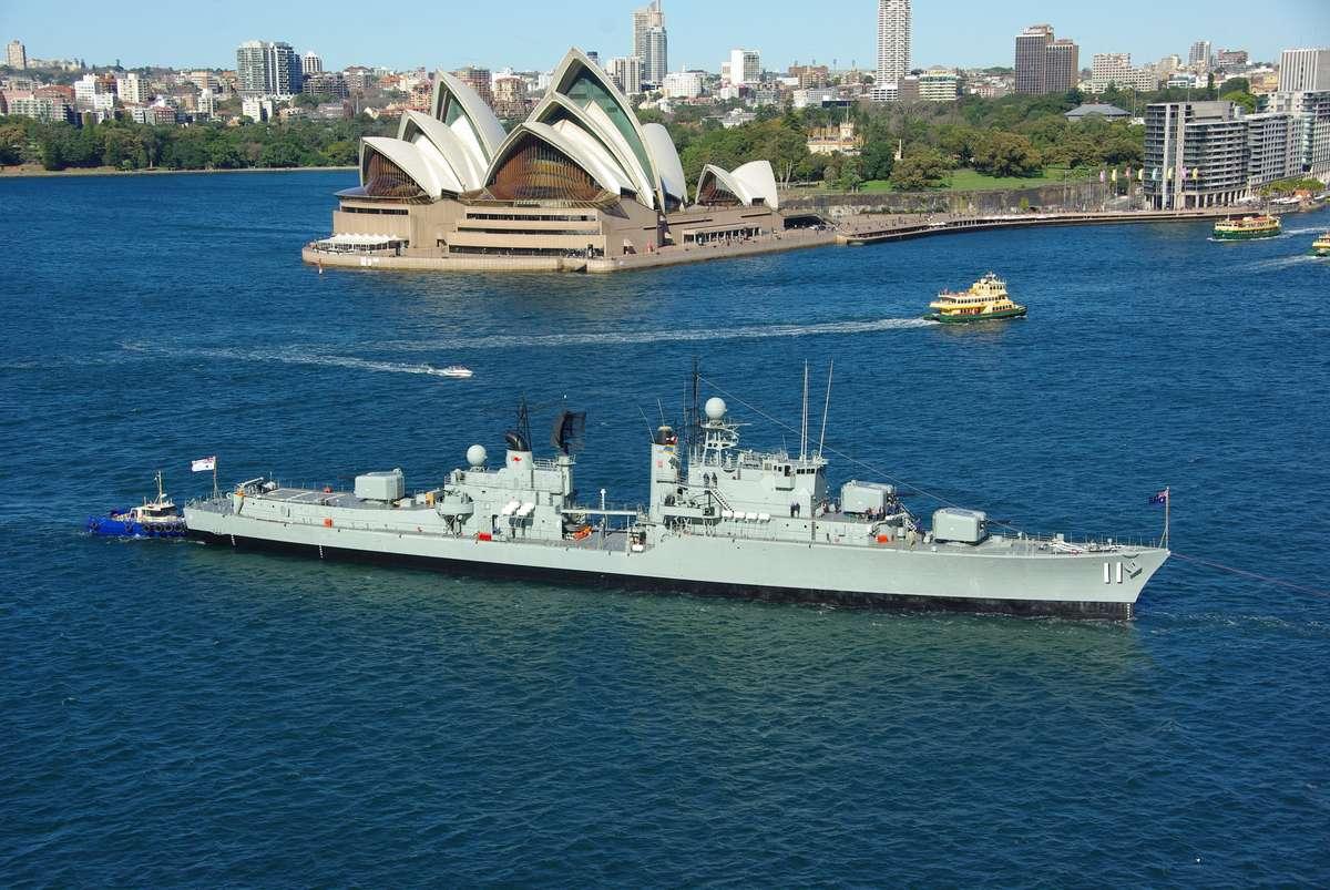 HMAS Vampire arrives back at ANMM