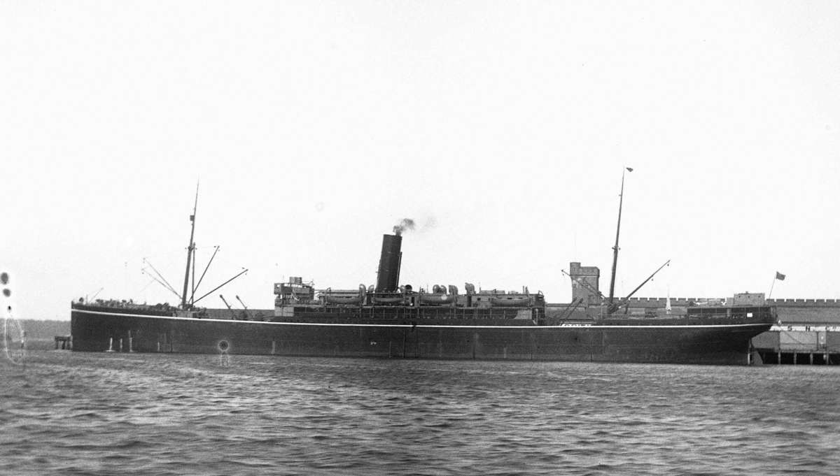 KHYBER as a commercial passenger liner in 1923 in Circular Quay. Object number 00040925.