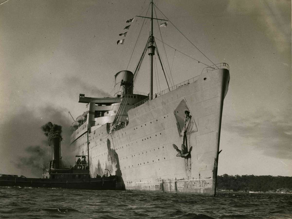 HM troopship SS QUEEN MARY
