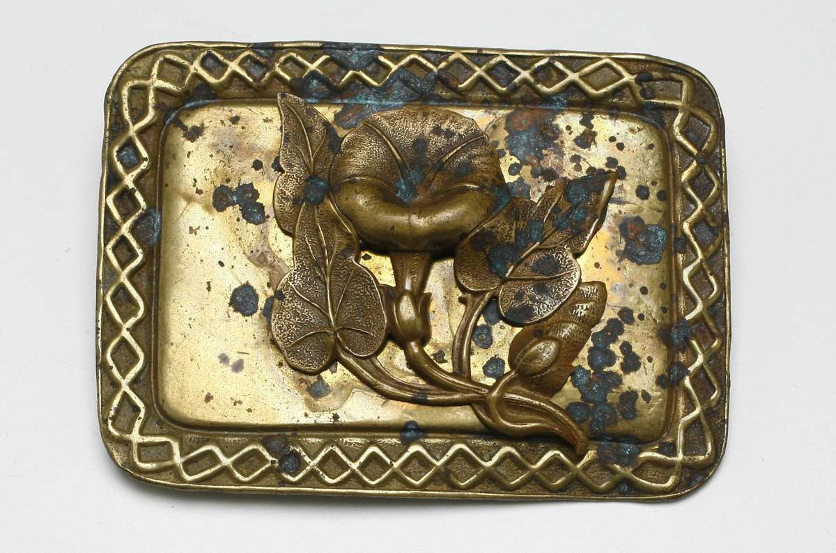 Bronze floral brooch