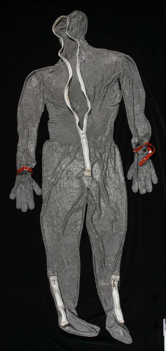 Chainmail suit