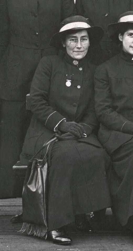 Australian Red Cross nurse Nellie Crommelin, Melbourne 1916. Cropped from 00027608 ANMM Collection