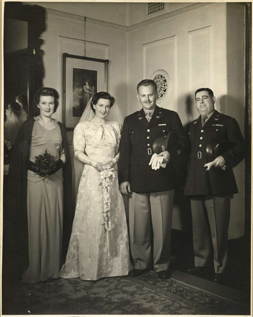 Hayford Enwall and Jean Kennett on their wedding day, 25 August 1944. ANMM Collection ANMS0148[021]