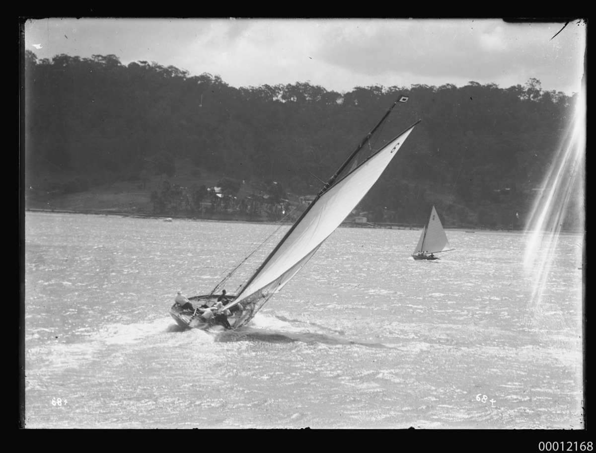 RAWHITI sailing at the 1921 Pittwater Regatta. ANMM Collection 00012168