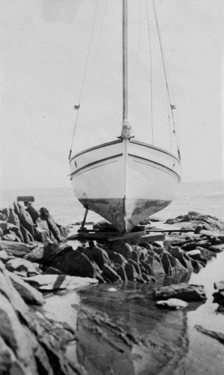 Boat sitting on rocks