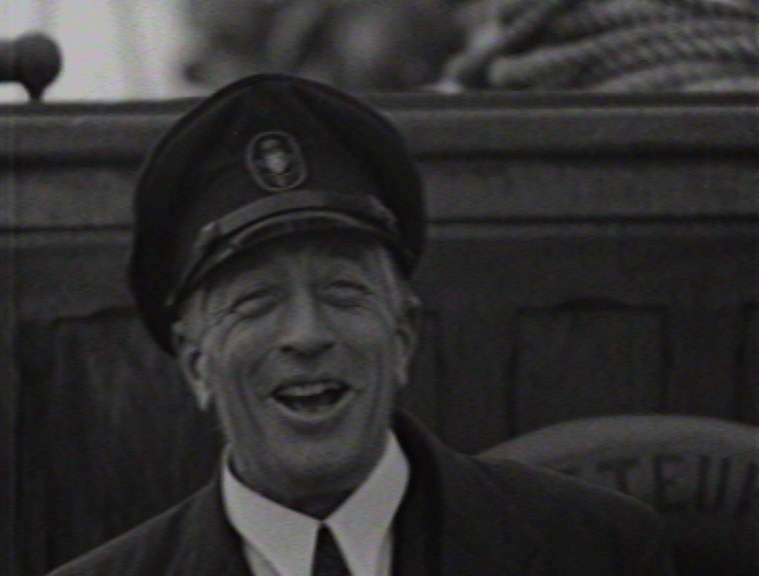 Count von Luckner Cinesound newsreel during his time in Sydney. Screen capture reproduced courtesy of National Film and Sound Archive of Australia