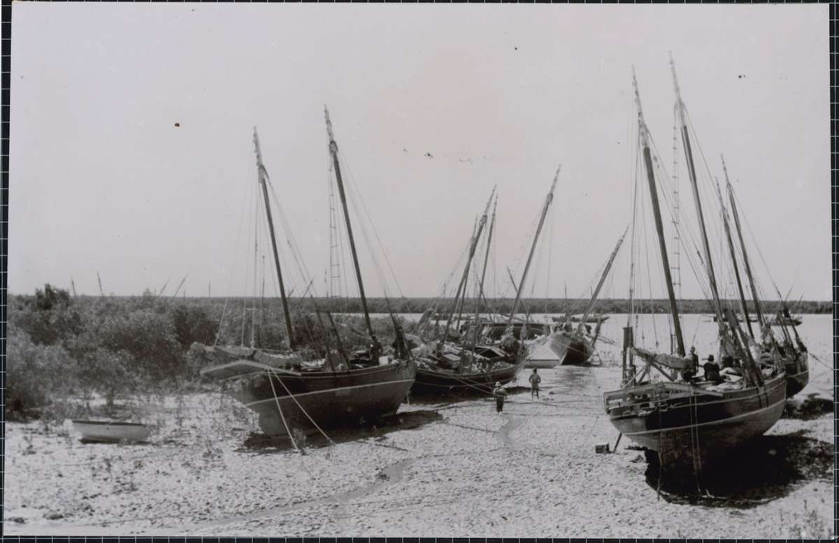 Luggers on the beach at Roebuck Bay, Western Australia 1950s
