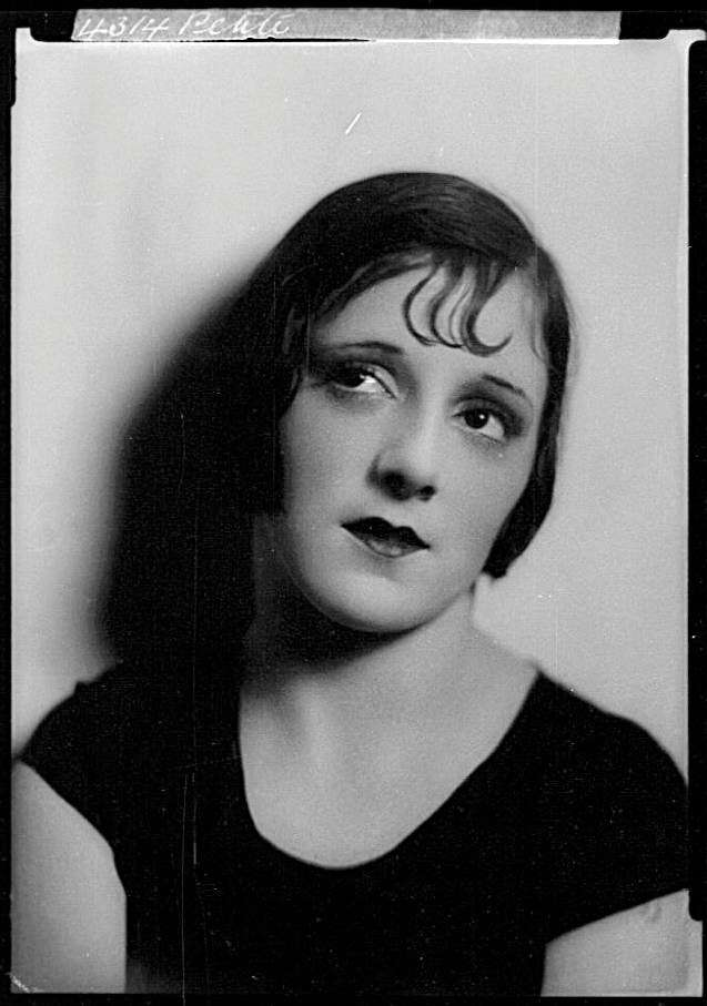 Cabaret artist Peggy Petite, c 1927. Photographer William J Hall. ANMM Collection 00013272