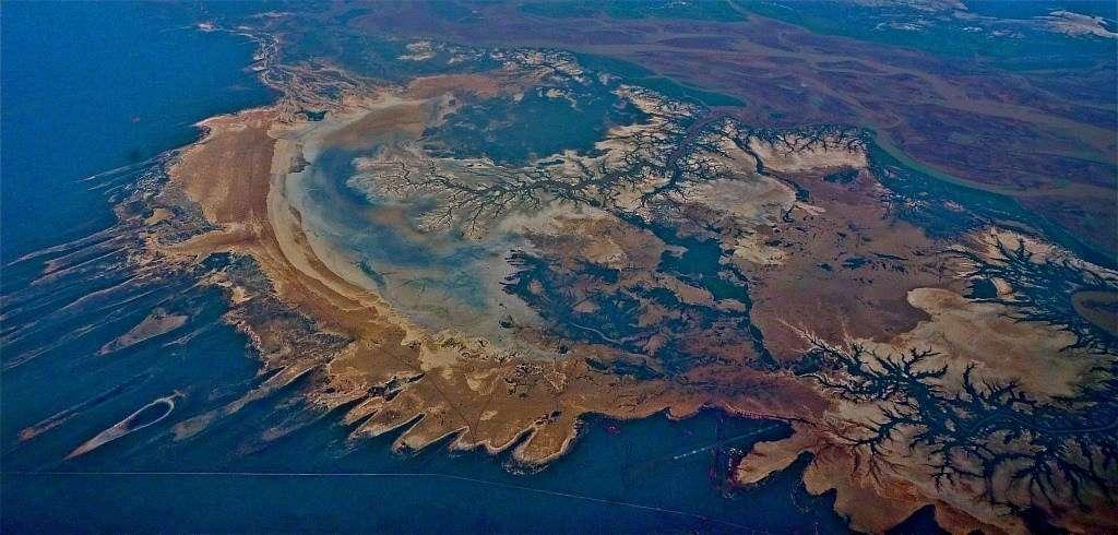 Photo taken from plane shows red dessert coastline of Western Australia
