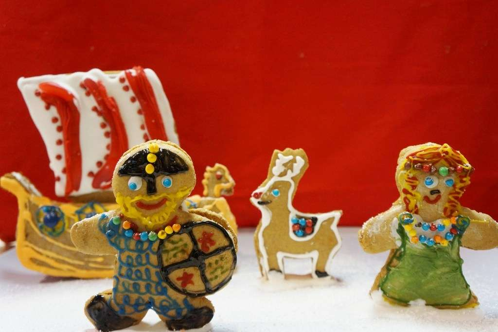 finished gingerbread vikings