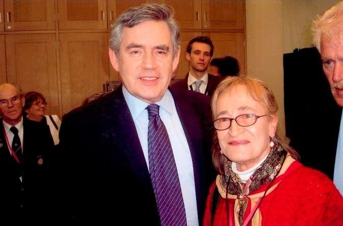 Pamela Smedley with British Prime Minister Gordon Brown, 2010