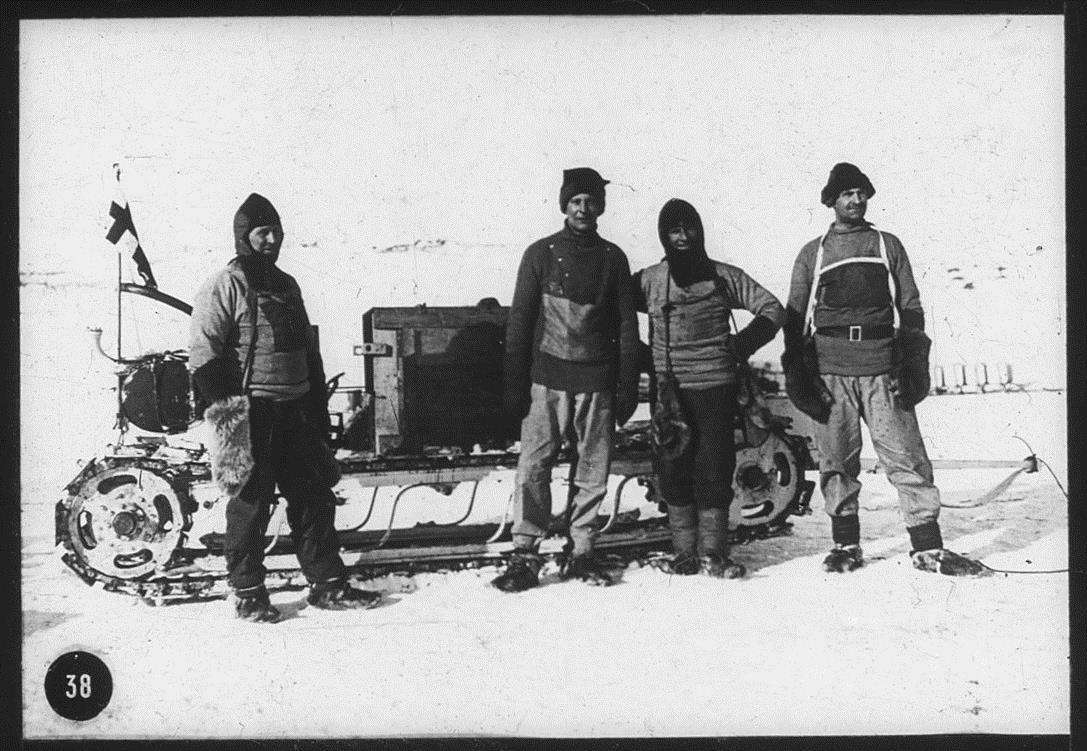 Evans, Wilson and others during the Antarctic British Expedition 1910-13