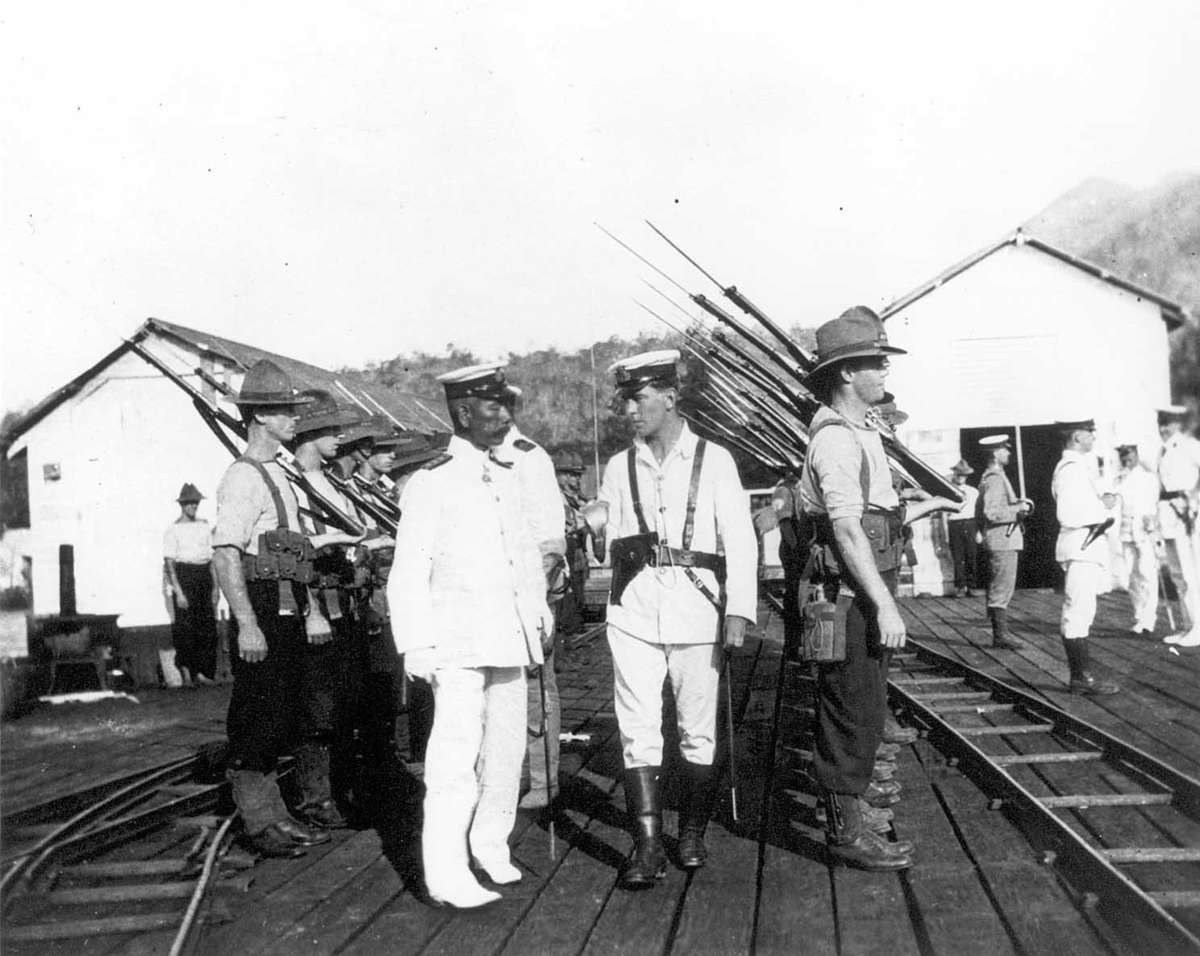 Japanese officers inspect AN&MEF troops at Rabaul in September 1914