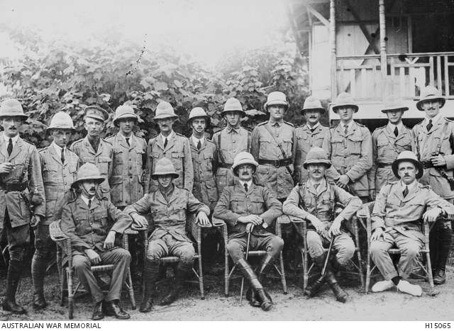 Officers of the Rabaul Garrison of the Australian Naval and Military Expeditionary Force. Australian War Memorial.