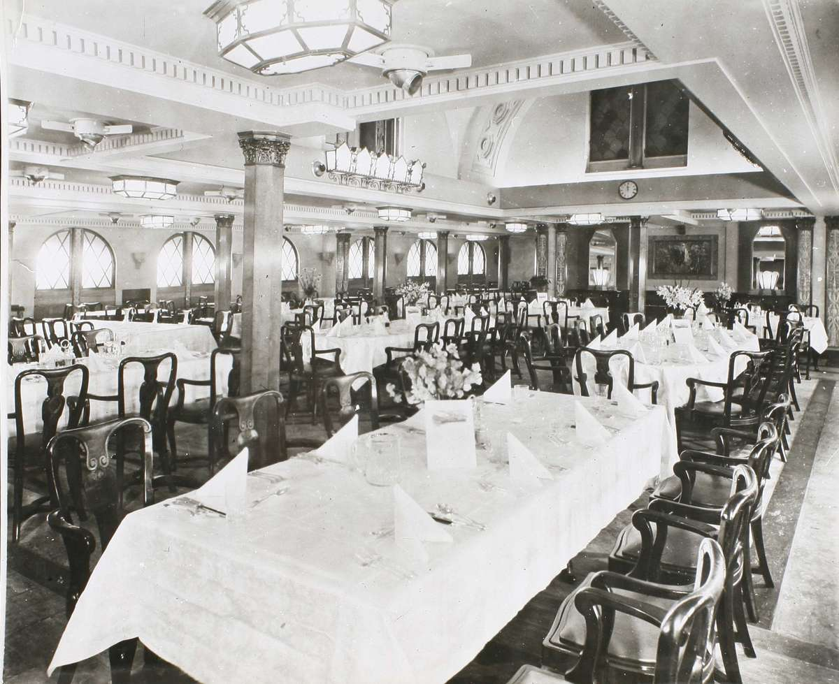 Dining in style on the Waganella, pre 1941 ANMM Collection