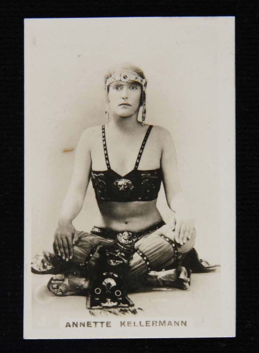 Cigarette card with photograph of Annette Kellerman in costume from the film A Daughter of the Gods, c 1916. ANMM Collection