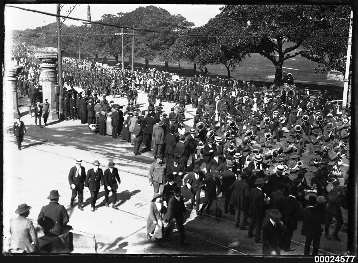 troops of the Australian Naval and Military Expeditionary Force, marching on Randwick Road