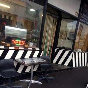 SG-dazzle-cafe