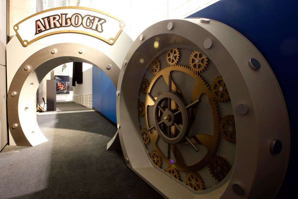 Voyage to the Deep airlock