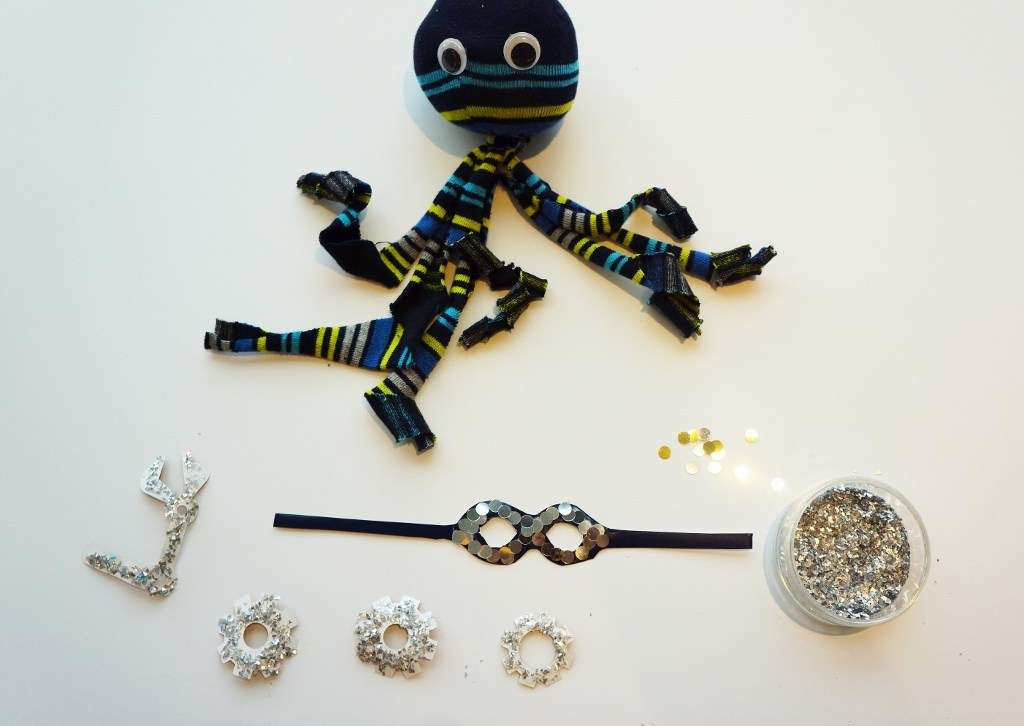 add steampunk accessories