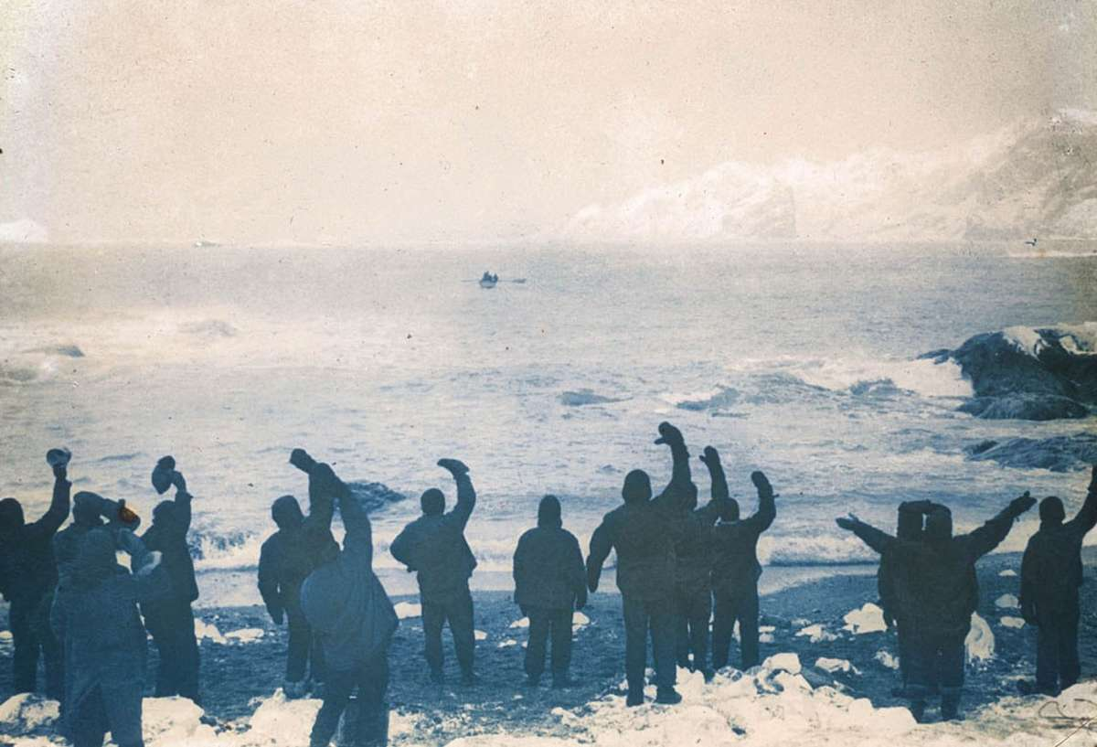 Elephant Island party waving goodbye to James Caird.