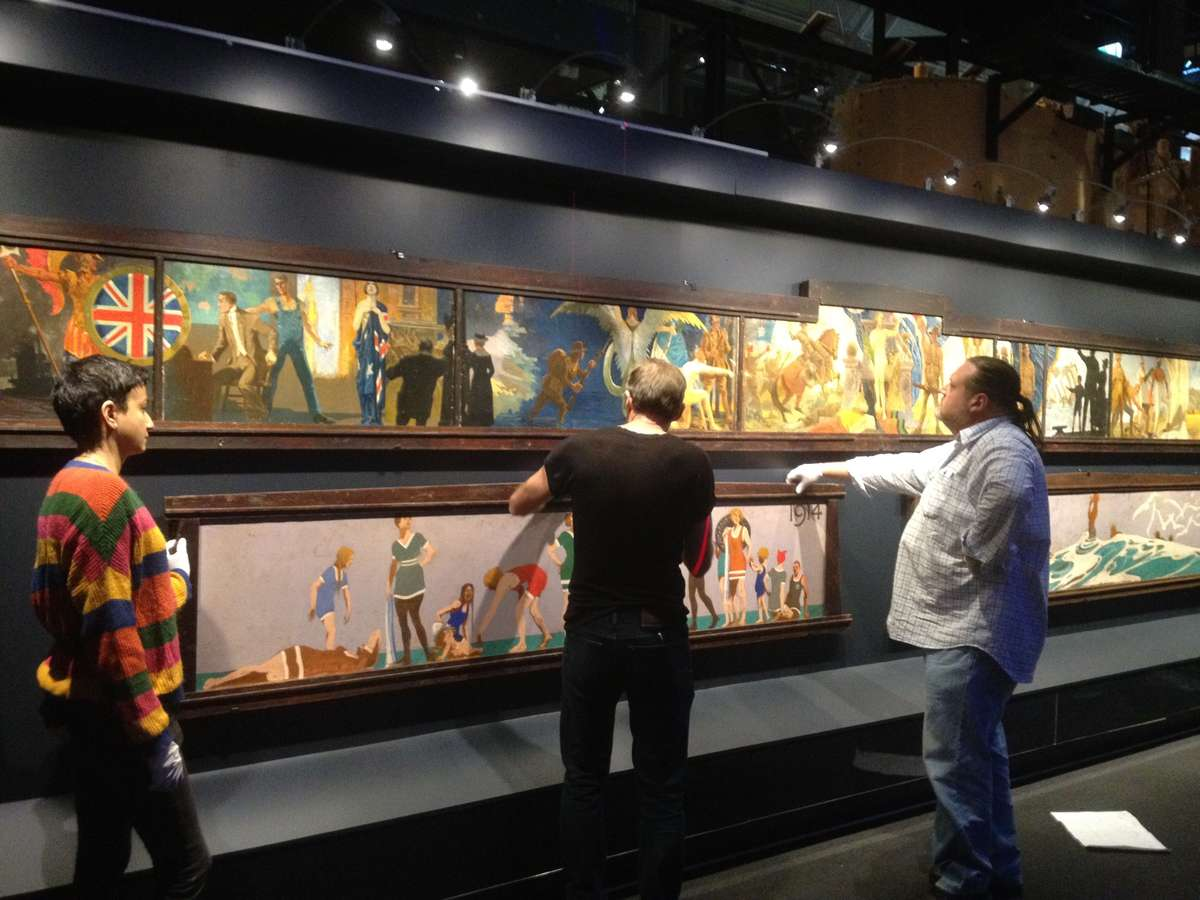 Installing the Souter murals in the Australian National Maritime Museum