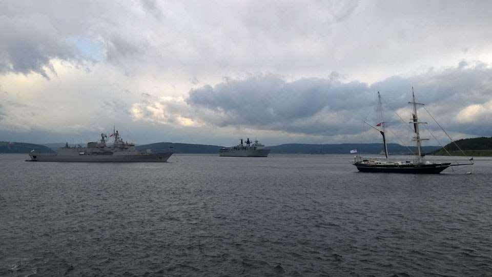 Commonwealth naval vessels moored at Çanakkale ahead of their participation in the Anzac centenary dawn service. Left to right: HMNZS Te Kaha, HMS Bulwark and STS Young Endeavour.