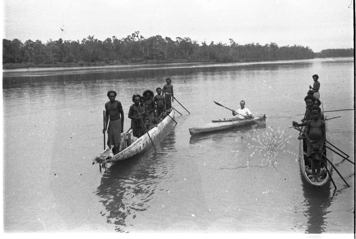 Oskar in Papua New Guinea. ANMM collection