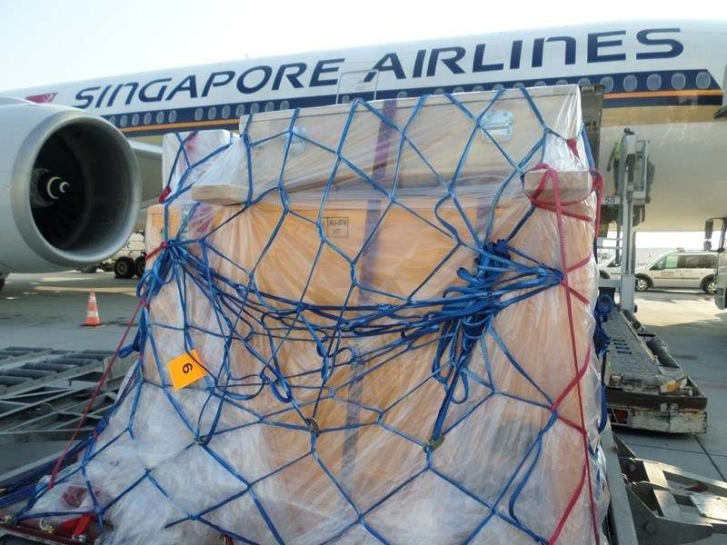 ANMM crate loading onto Singapore Airlines flight bound for Istanbul.
