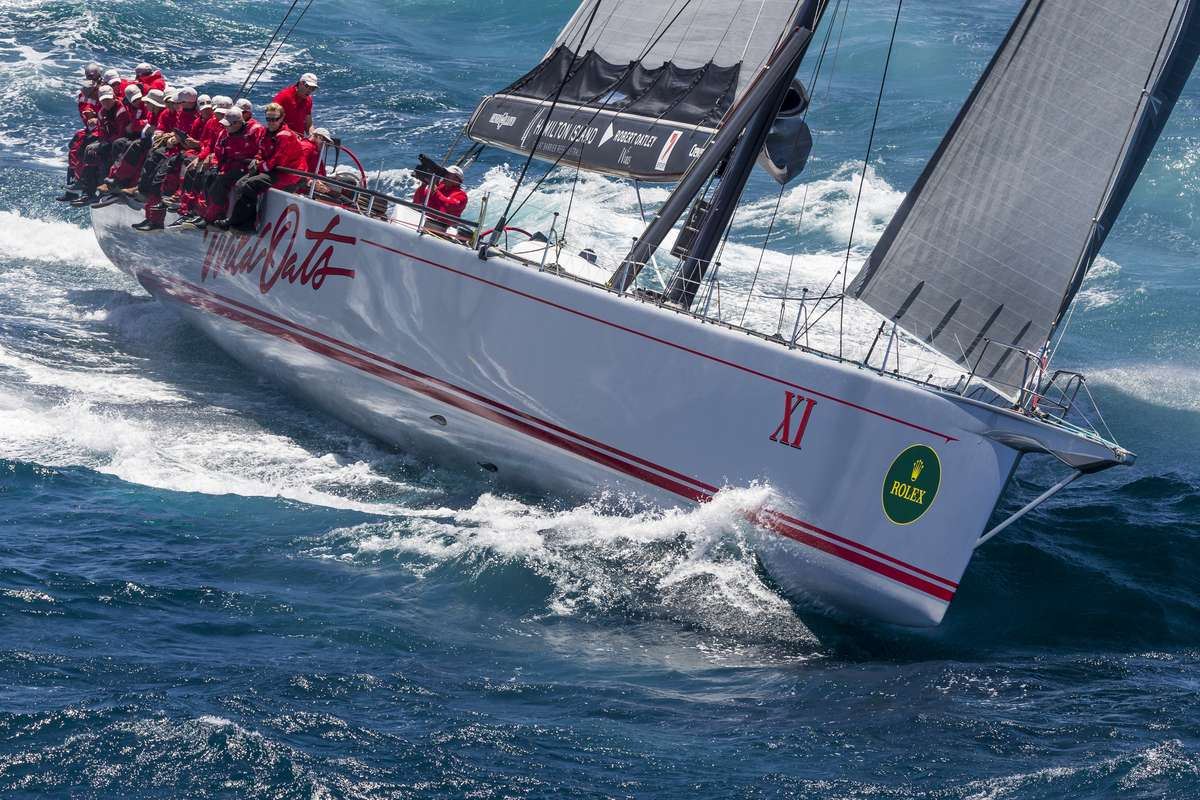 Race Start, Sydney to Hobart 2014 - WILD OATS XI. Photo by Carlo Borlenghi / Rolex